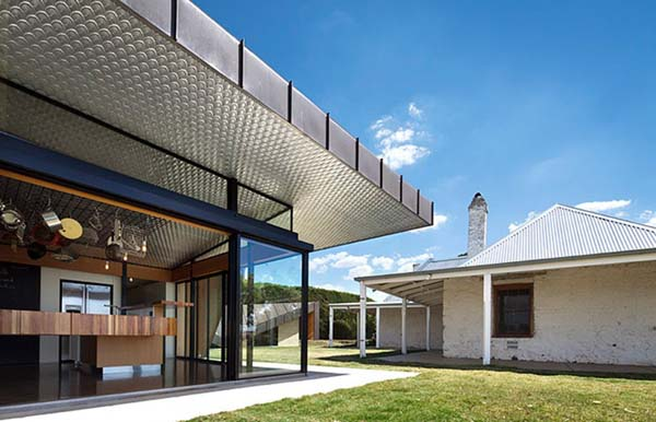 farmhouse 7 Old farm transformed into a contemporary residence in Australia
