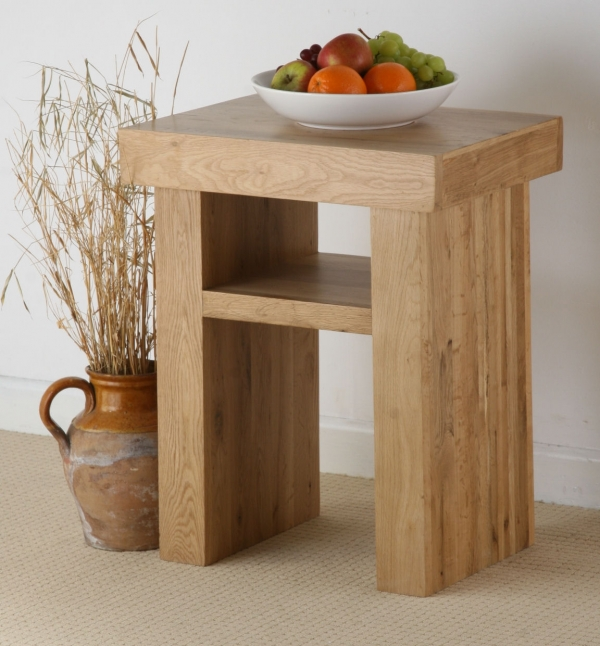 oak-furniture-solid-oak-lamp-table