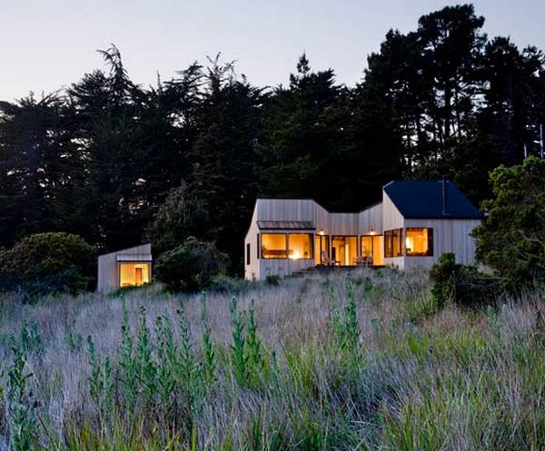 sea 13 Rustic and minimalist dream house by the ocean