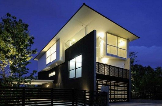 t 1 T house in Kyoto: fascinating space configuration