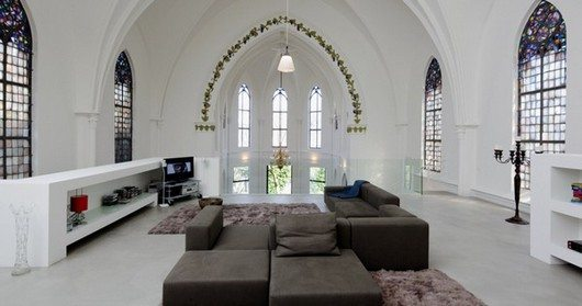 Gothic style meets minimalism residential church xl for Minimalist house for sale