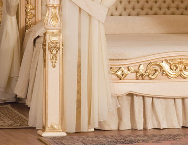 Baldacchino Supreme World most exclusive bed 3 Baldacchino Supreme   The worlds most exclusive bed (by Stuart Hughes)