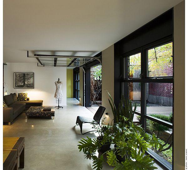 Contemporary Home (U-House) 13