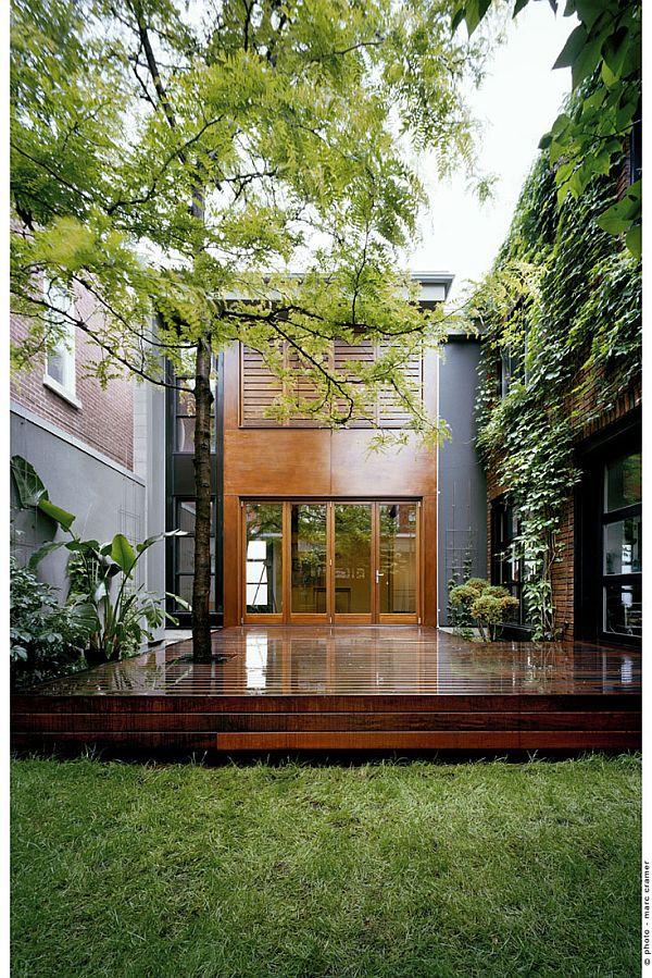 Contemporary Home (U-House) 3