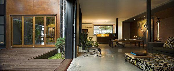 Contemporary Home (U-House) 7