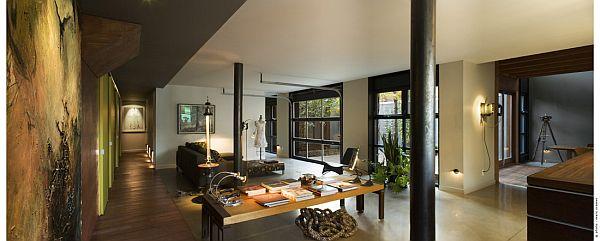 Contemporary Home (U-House) 8