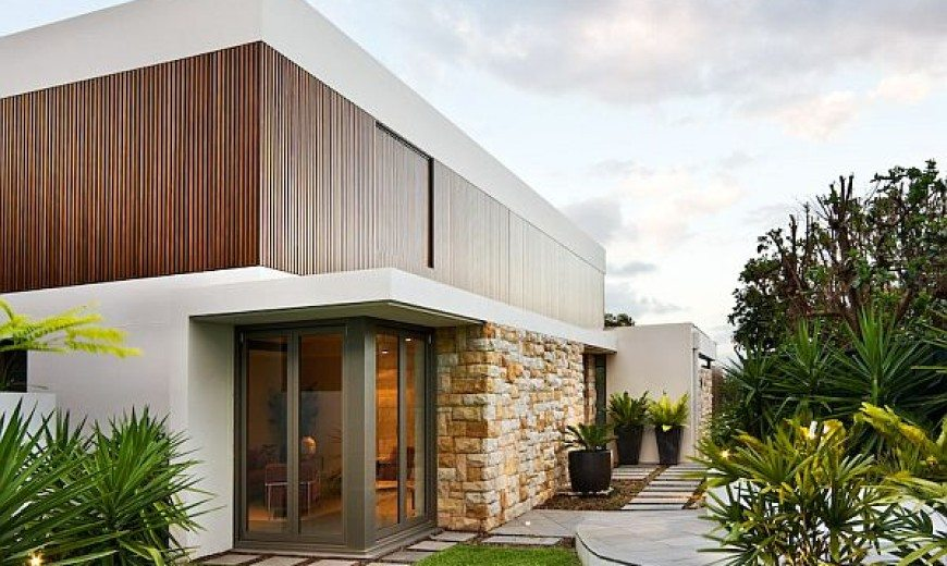 Modern and beautiful residence with sustainable features (the Mosman House)