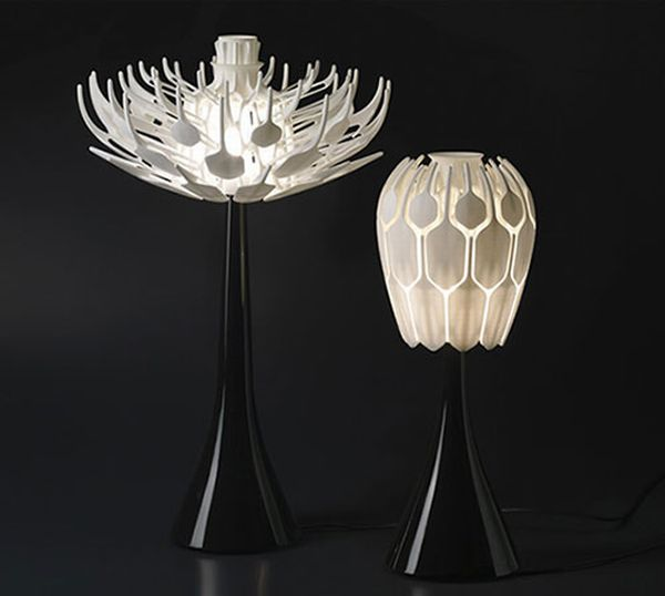 bloom 1 Organic and ethereal Bloom Table Lamp