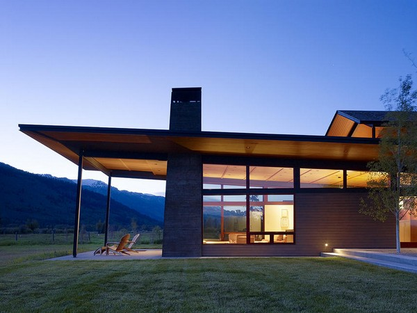 Peaks1 modern twist to a traditional wyoming country home