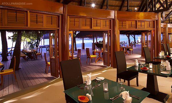 Angsana Velavaru Resort in the Maldives 13
