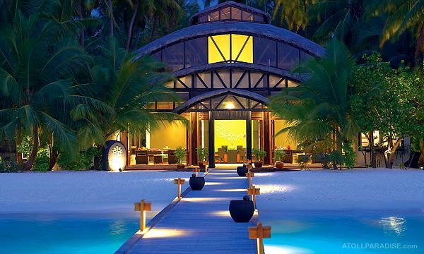 Angsana Velavaru Resort in the Maldives 7