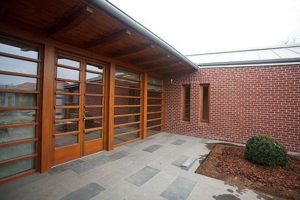 Brick House Romania Tektum 5