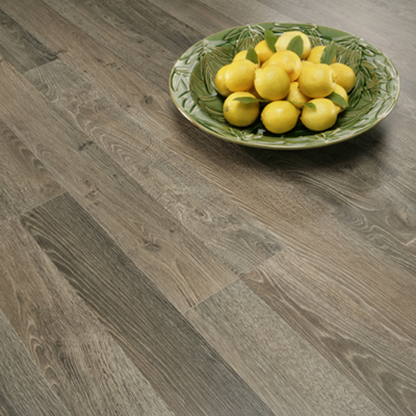 Cheap laminate flooring can do the trick for your house for Cheap creative flooring ideas