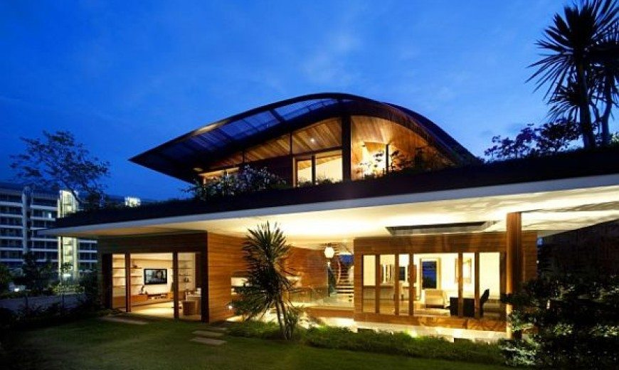 Garden-based modern residence with a wonderful panorama (The Meera House)