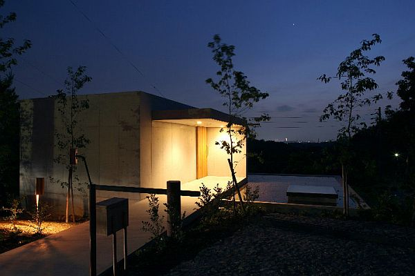 Minamiyama by Tomoaki Uno 8 Minimalist and contemporary residence in Minamiyama by Tomoaki Uno