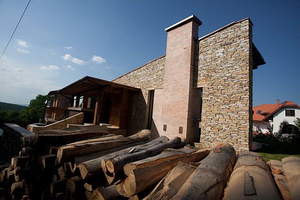 Stone House in Romania Tektum 1 Stone house combines rustic and modern in Romania