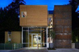 Minimalist and artful Mad Parks residence