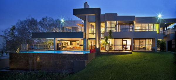 nico1 Rough and fabulous residence is South Africa