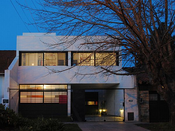 Casa Dorrego in Argentina 1 Modern home in Argentina developed by Ballesteros Architects (Casa Dorrego)