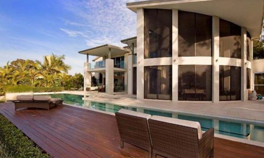 Contemporary residence for sale in Australia: the Highbury House