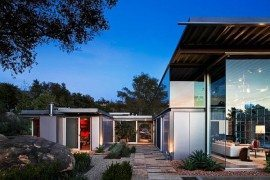 Ladera Residence by Barton Myers Associates