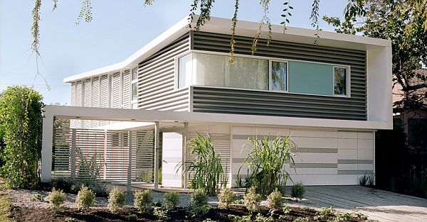 Sunlight Residence by Proto Homes 2 Sunlight Residence by Proto Homes   colorful living