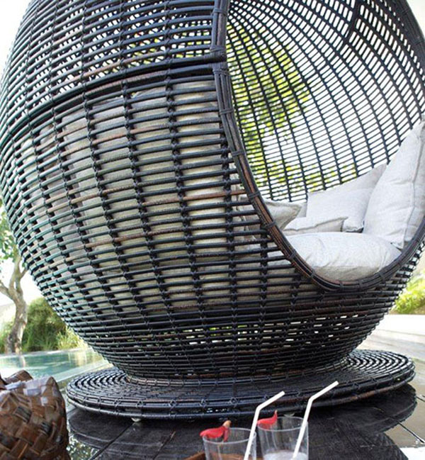 apple4 Sophisticated relaxation in the Iglu Apple wicker daybed