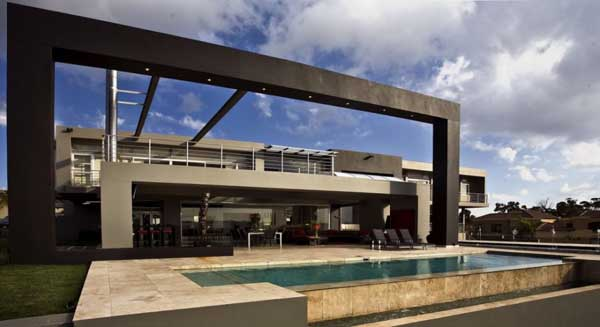 joc1 Opulent spa residence in South Africa