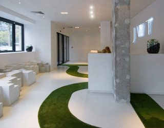 Eco-friendly and creative advertising agency in Paris