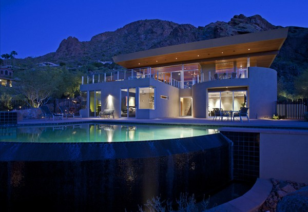 monk2 Luxurious Arizona family residence with fantastic landscaping