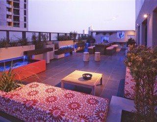 Creative and elegant apartment in Melbourne