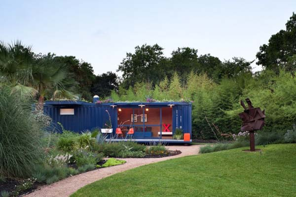 Container Guest House 12 Intelligent guest accommodation: Container Guest House by Poteet Architects
