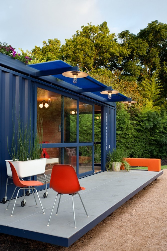 Container Guest House (13)