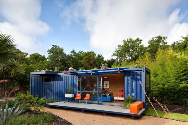 Container Guest House (17)