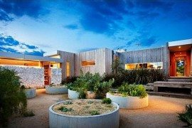 Contemporary House on Australia's Ocean Coast