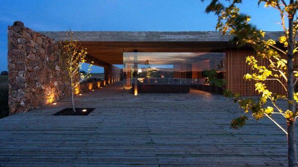 Punta House by Marcio Kogan 9