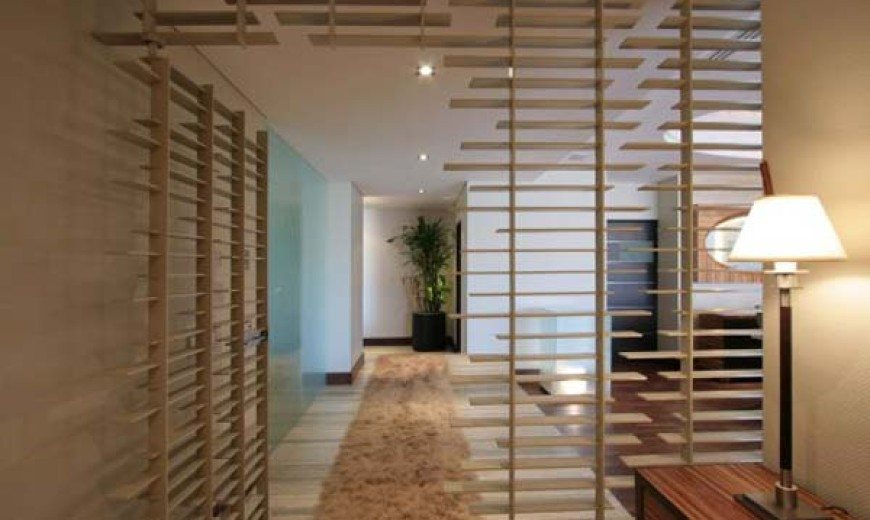 Delightful interior design with contemporary accents by Pascal Architects