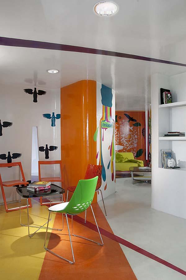 Colourful training center in mexico designed by row studio for Espacio interior