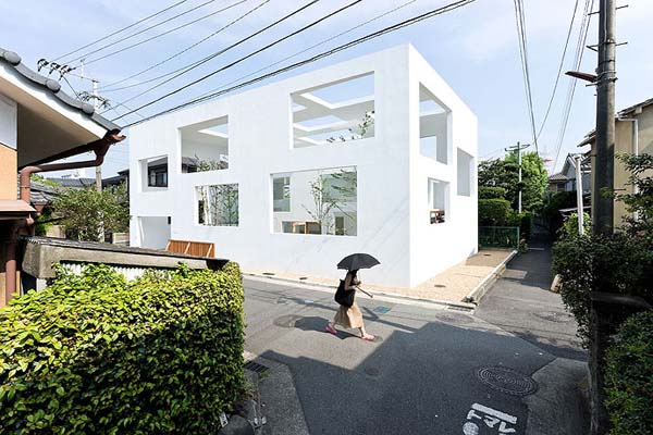House N 2 Innovative Japanese architecture: House N by Sou Fujimoto Architects