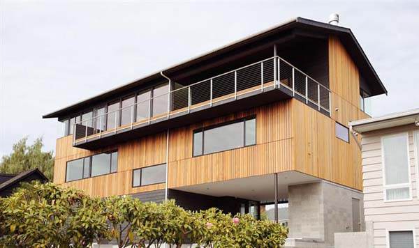 Magnolia Residence Modern residence in Seattle: the Magnolia House by Heliotrope Architects