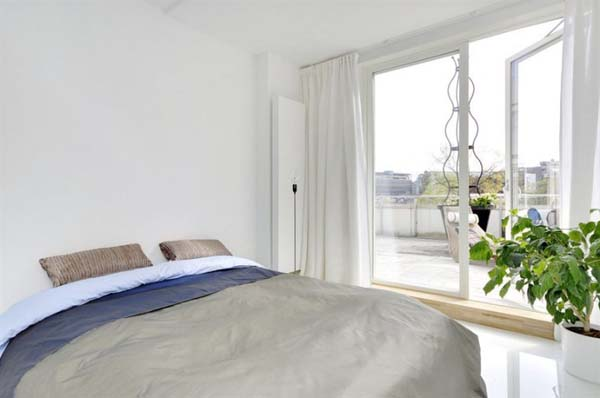 White-Apartment-15