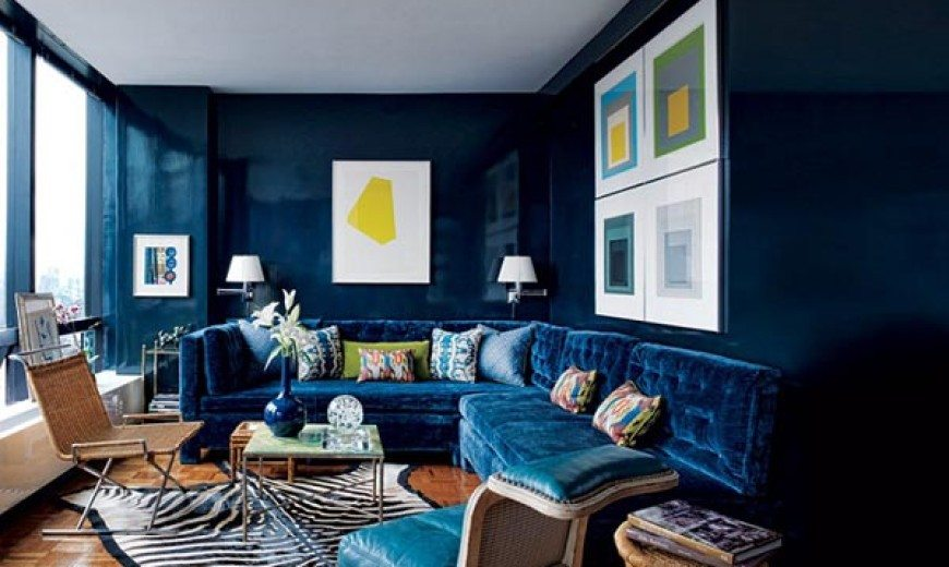 Rich-coloured small apartment in Manhattan: Small Wonder by Todd Alexander Romano
