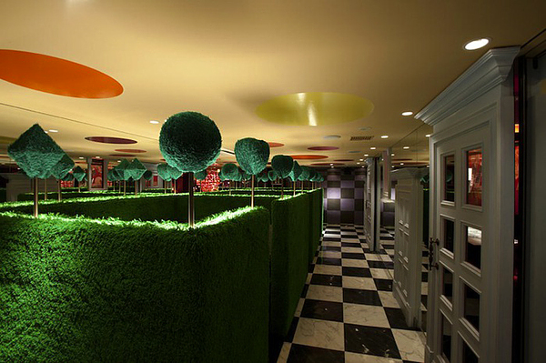 Alice in Wonderland Restaurant (3)
