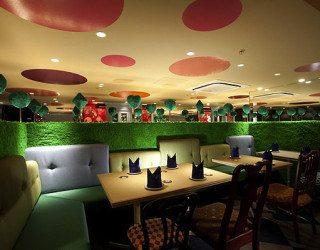 Alice in Wonderland Restaurant (5)