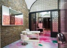 Relaxing mixture of colours: Skin Aesthetic Clinic interior design