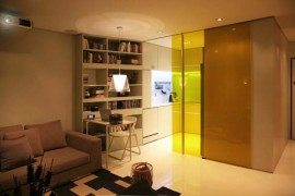 Living in a small urban apartment: Closet House