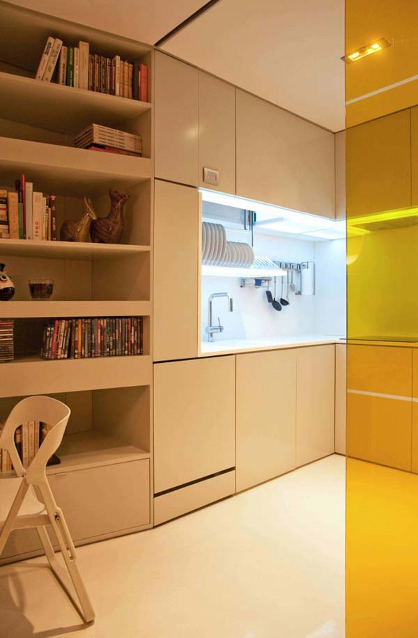 Small House by Consexto 3 Living in a small urban apartment: Closet House