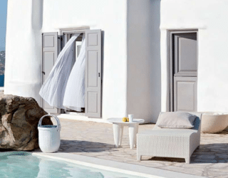 Mykonos dream house in pure white: Kanalia Hill House