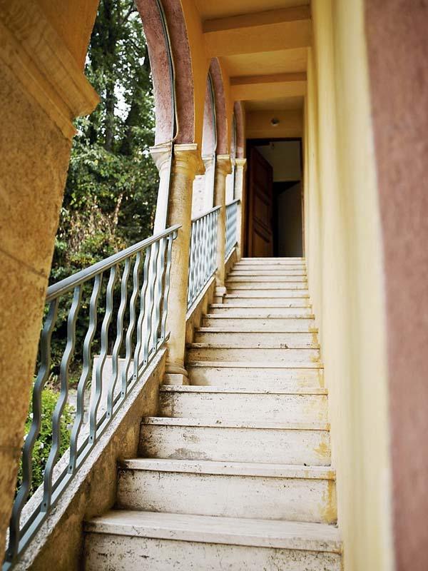 Exquisite French Villa (5)