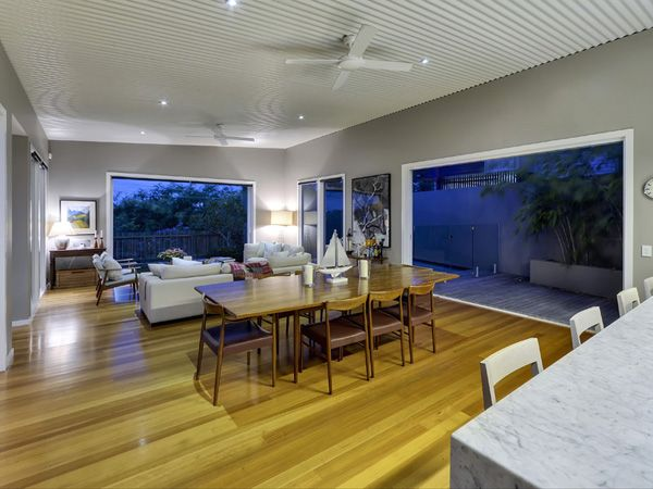 Modern Age Residence14 Modern Age Residence in Queensland